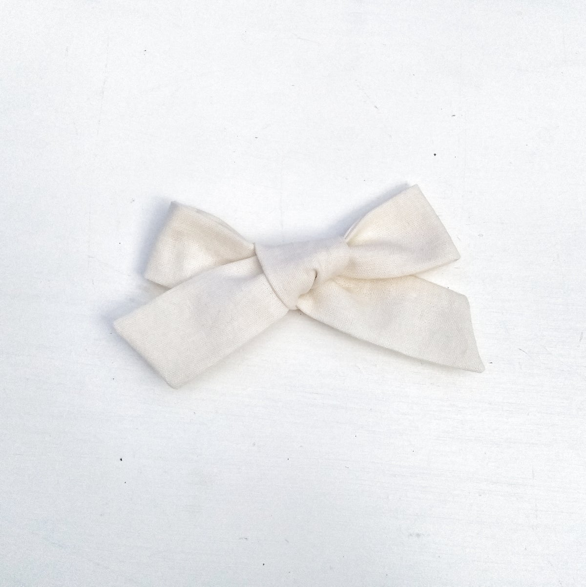 Image of Over Sized Hand Tied Hair Bow - Cream Linen Fabric