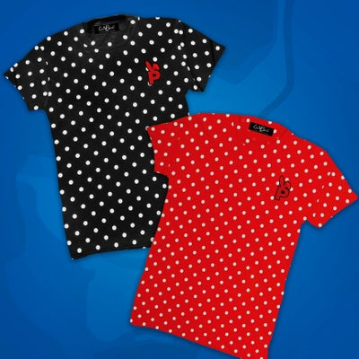 "Image of PLAYBOY ""P"" POLKA DOT TEE"
