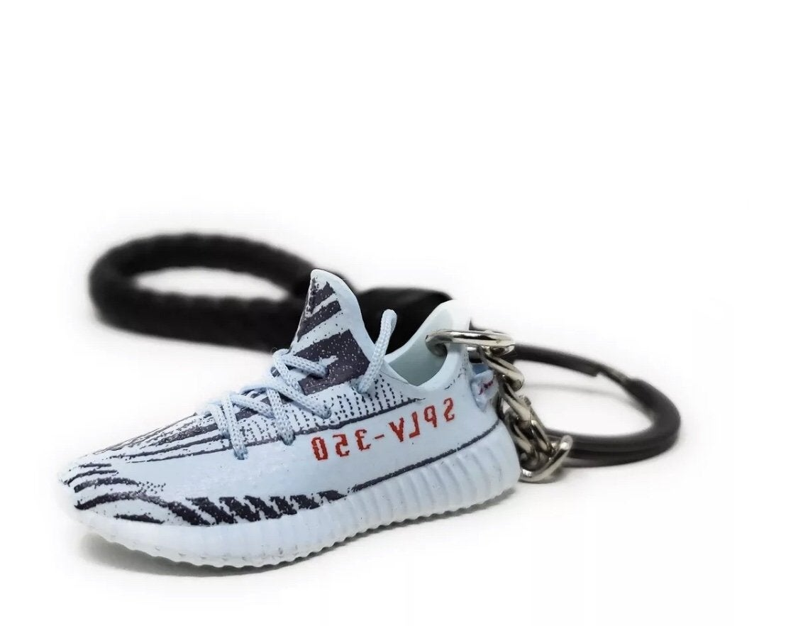 new products 94bb7 23ddb Yeezy Boost 350 V2 Blue Tint 3D Keychain