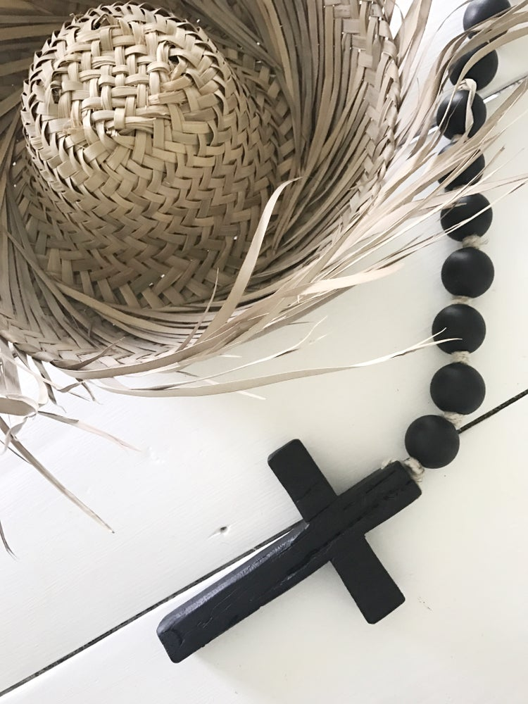 Image of Knotted Beads + Cross - Black