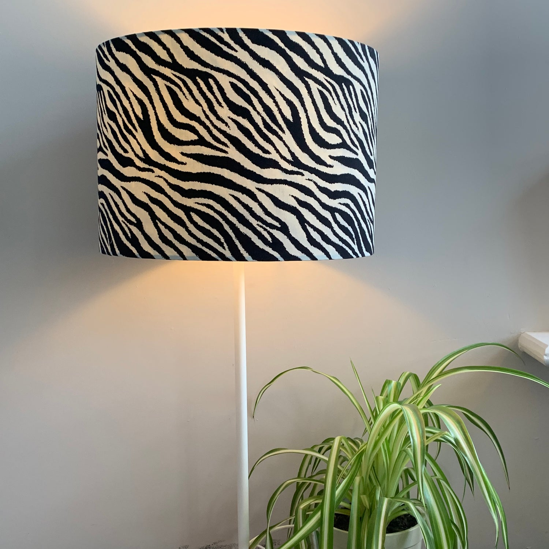 Image of Safari Zebra Black Shade