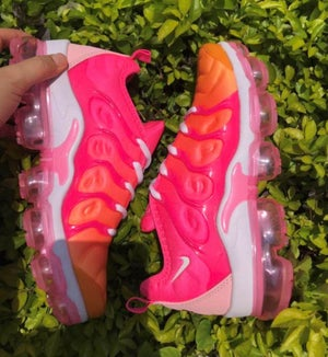 Image of 2018 Vapormax Plus Hot Punch