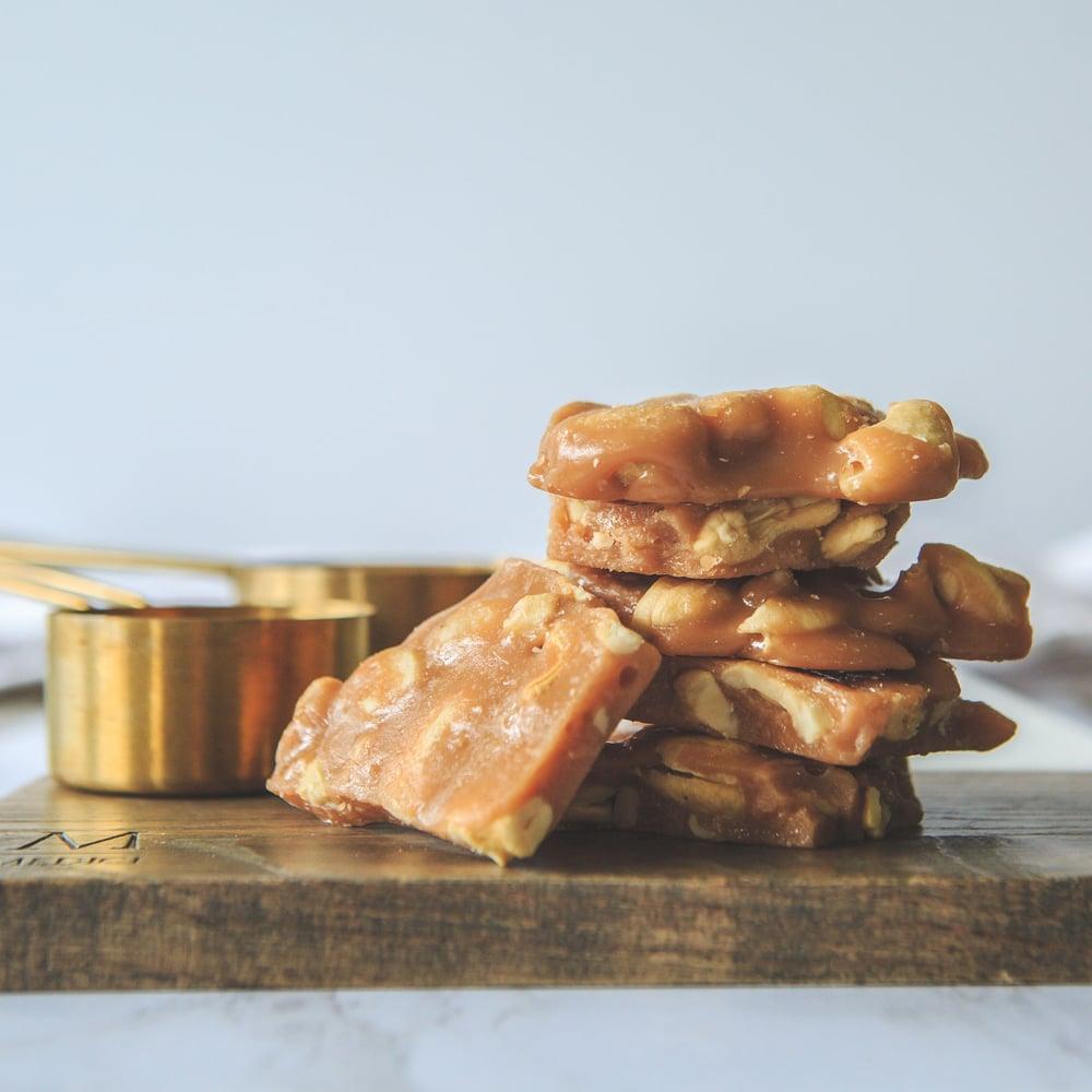 Image of 8 oz Cashew Brittle