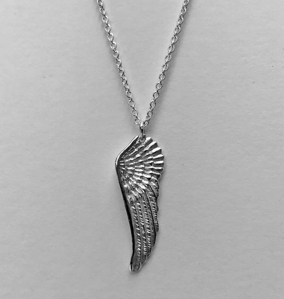 Image of Wing Pendant.