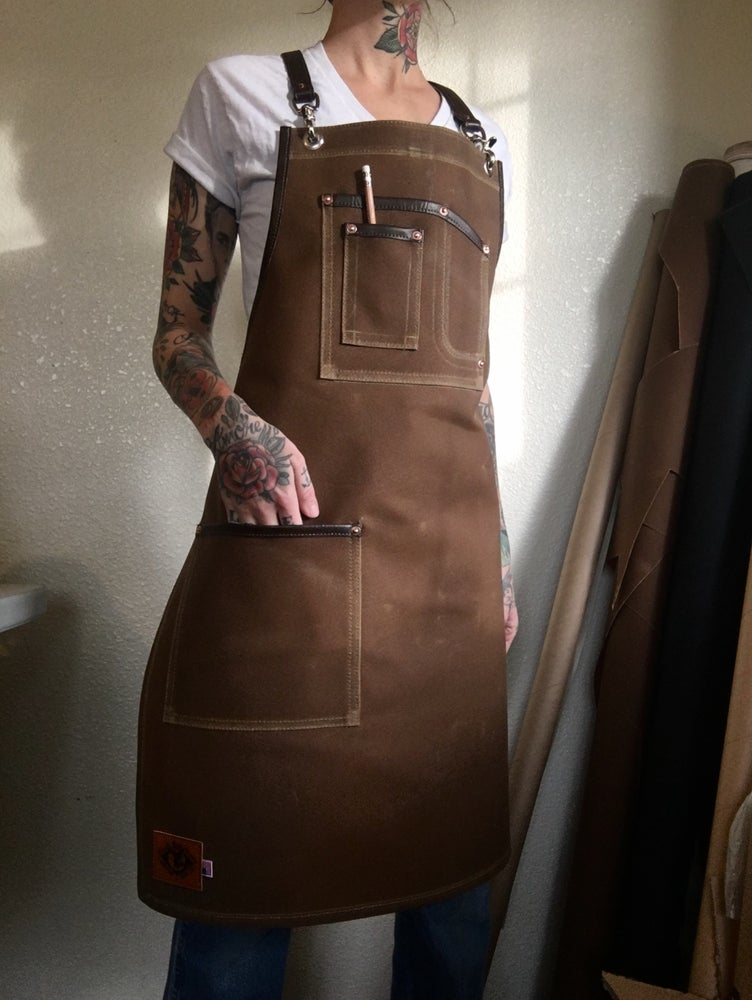 Image of ✨NEW✨ Cross-back Work Apron