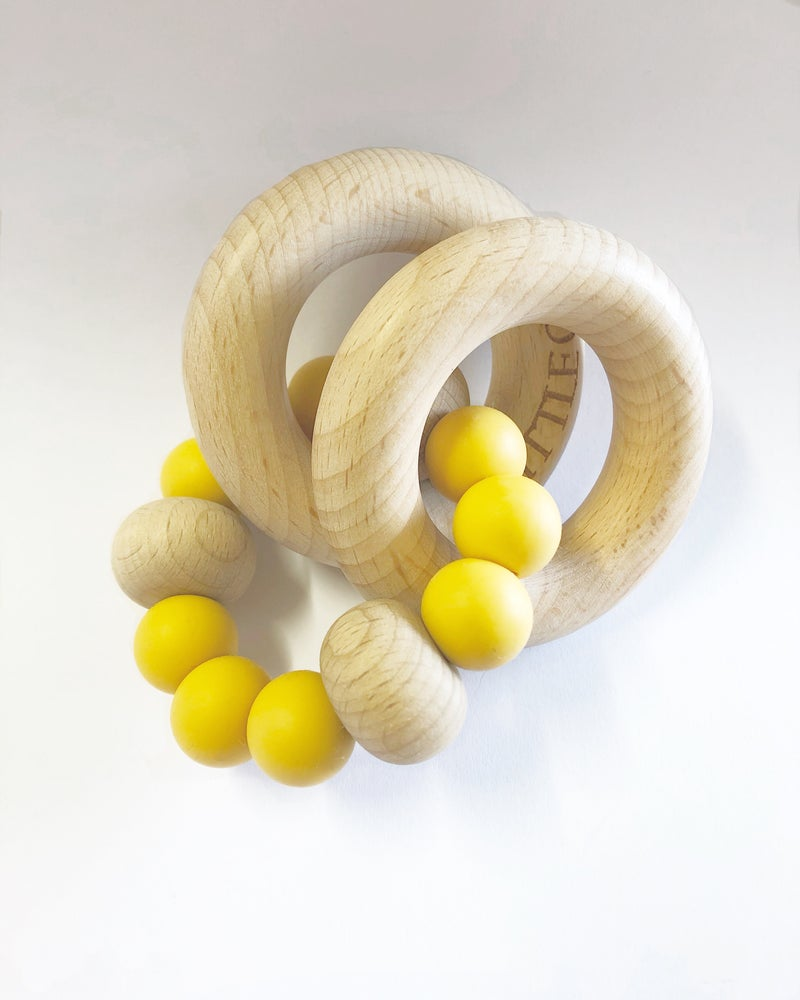 Image of RIVERINA RATTLE teether