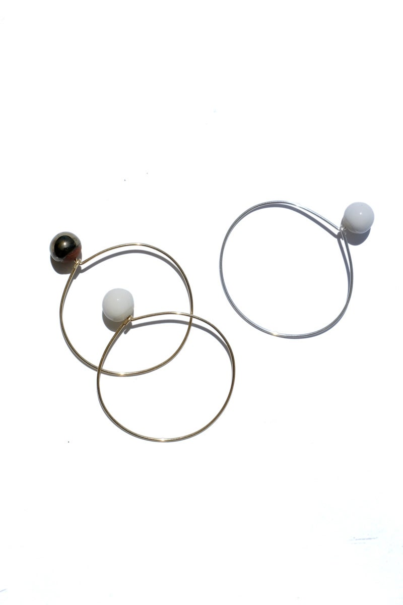 Image of porcelain pearl bracelet