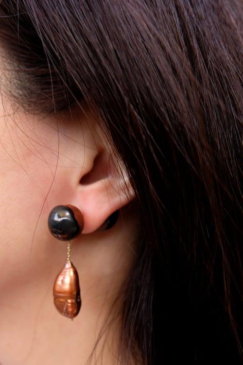 Image of pearl baroque earrings