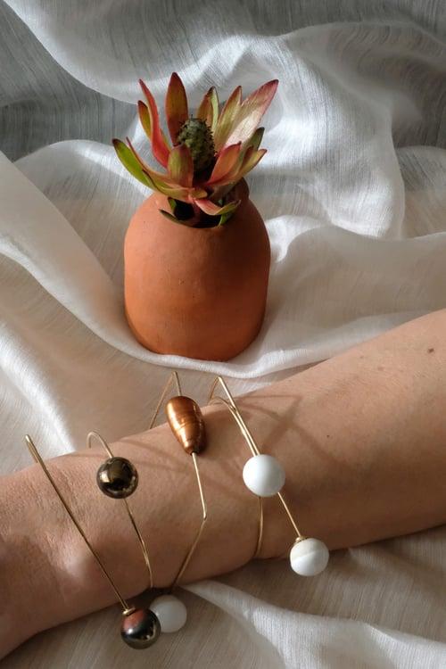Image of baroque pearl bracelet