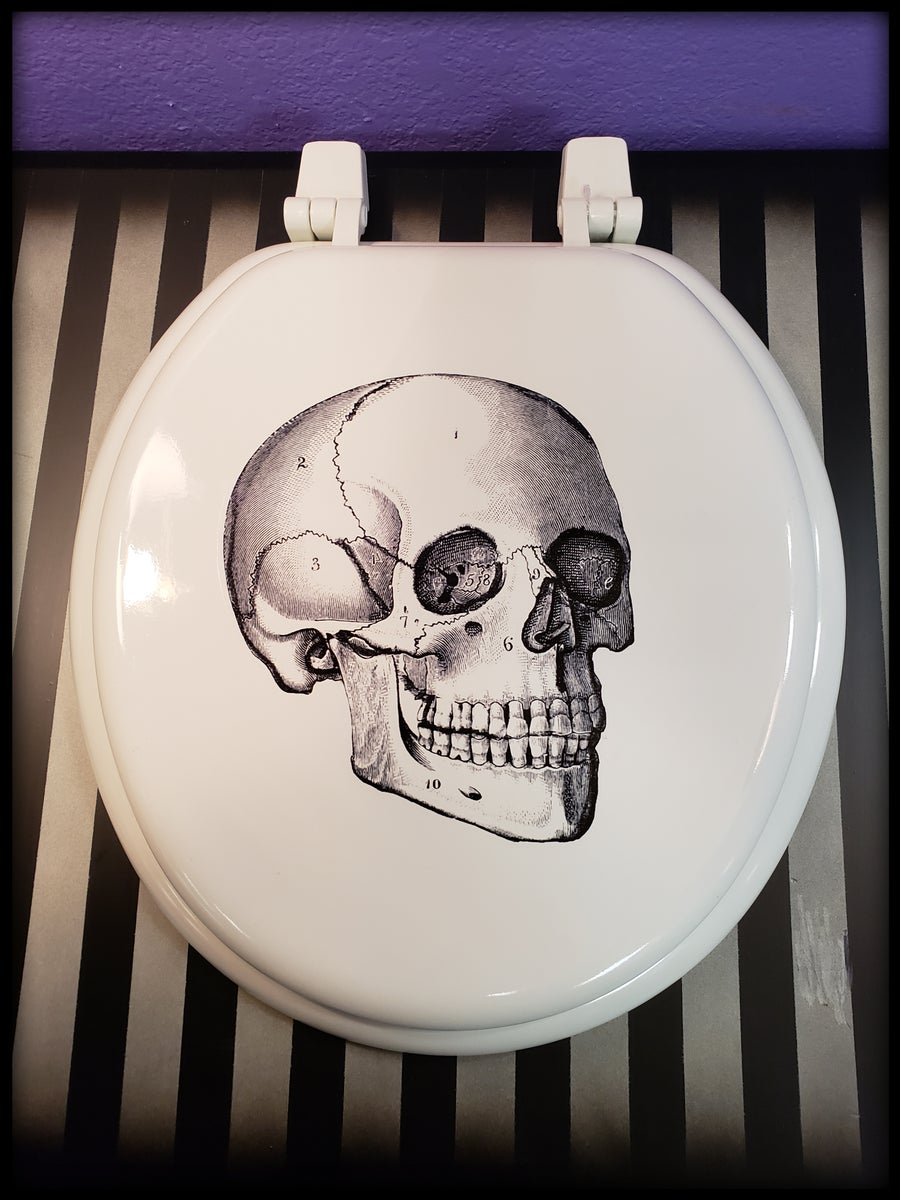 Image of Skull Toilet Seat
