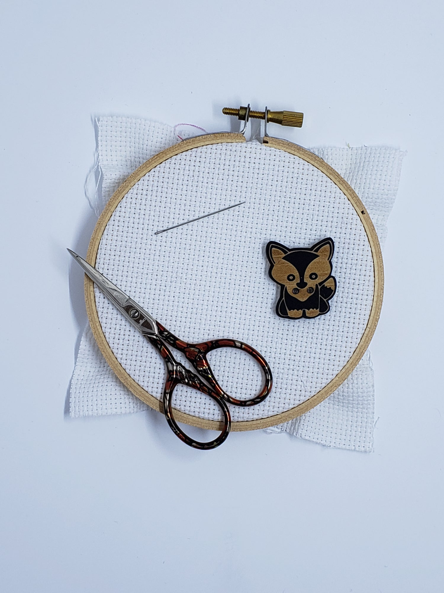 Image of Needle Minder - Wooden Fox