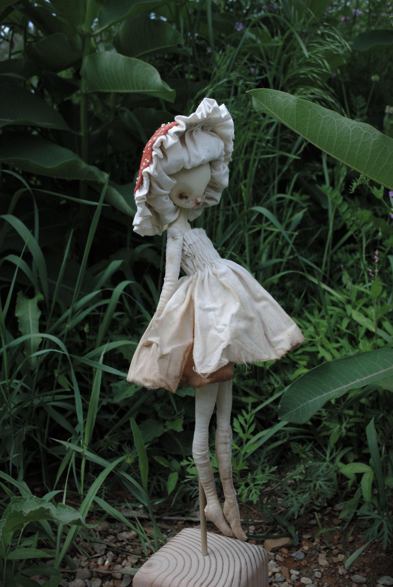 Image of mushroom matriarch mimic : in vermillion & tea