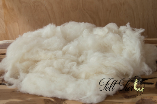 Image of Baby posing wool, Cream Fluffy Wool, loose wool stuffer, Cream Felt Basket Filler,(19) Feltfur, RTS