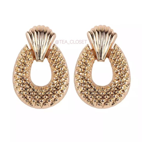 Image of GOLD DROP EARRINGS