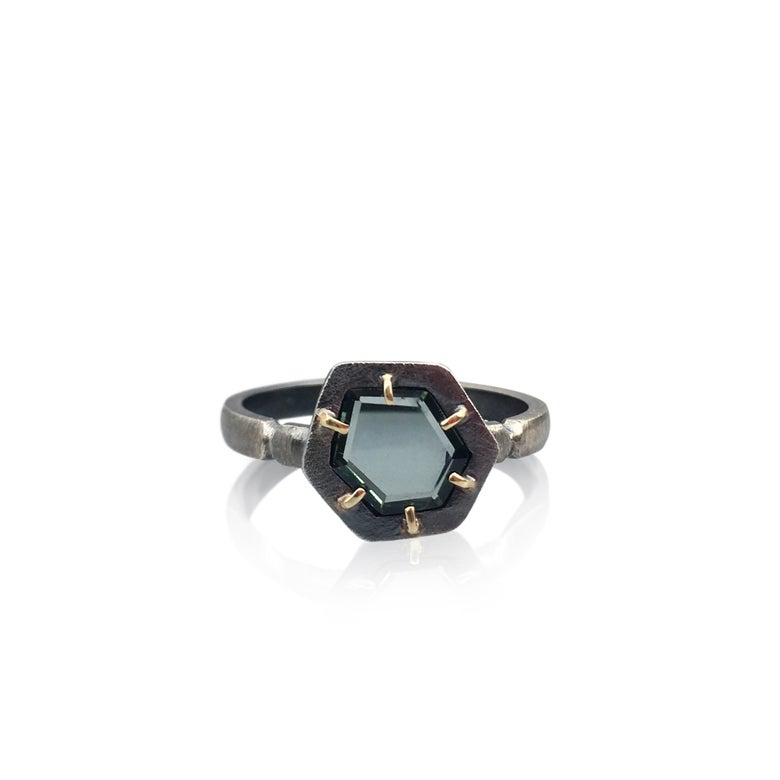 Image of montana sapphire slice ring in 18k yellow gold and oxidized silver