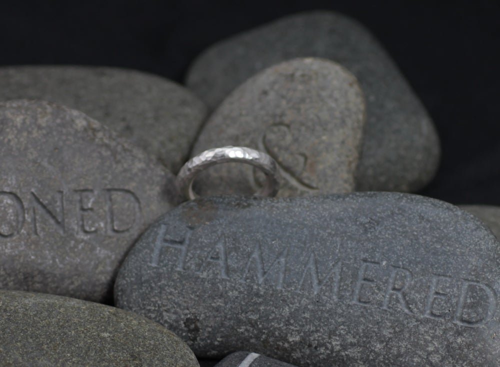 Image of Hammered ring