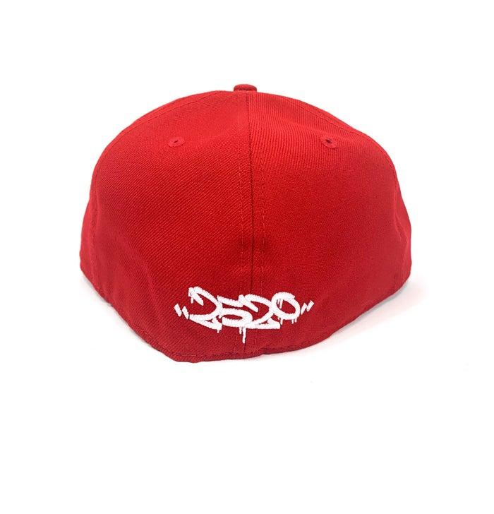 """Image of 2520 X NEW ERA MONOGRAM LOGO """"T5T"""" 59FIFTY FITTED - SCARLET"""