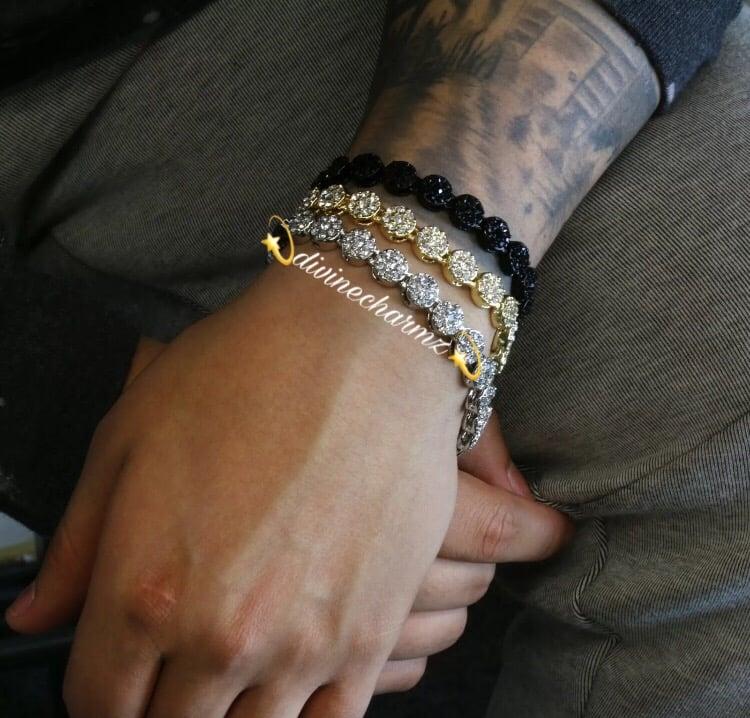 Image of Men's Circle Stone Bracelet