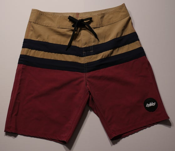 "Image of ""Free Bird"" board shorts *khaki/black/burgundy"