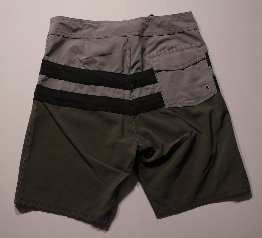 "Image of ""Free Bird"" board shorts *grey/black/charcoal"