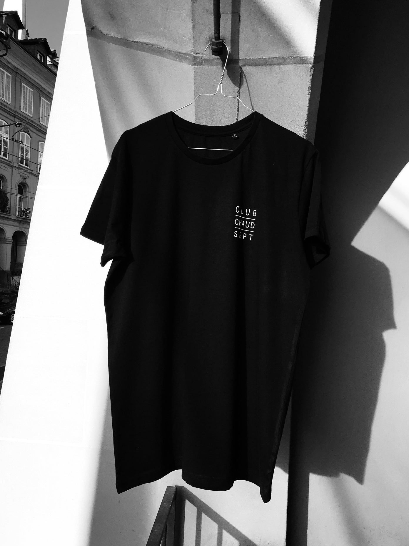 Image of T-Shirt CLUB CHAUD SEPT - black