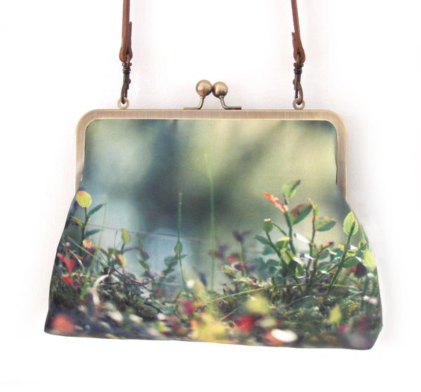 Image of Woodland glade, large kisslock shoulder bag with crossbody leather strap