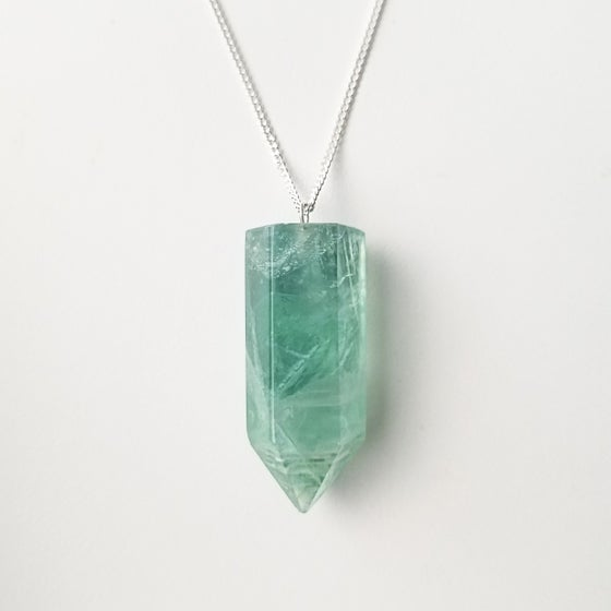 Image of Poise Necklace