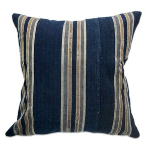 Image of JAPANESE STRIPE TEXTILE PILLOW-NAVY