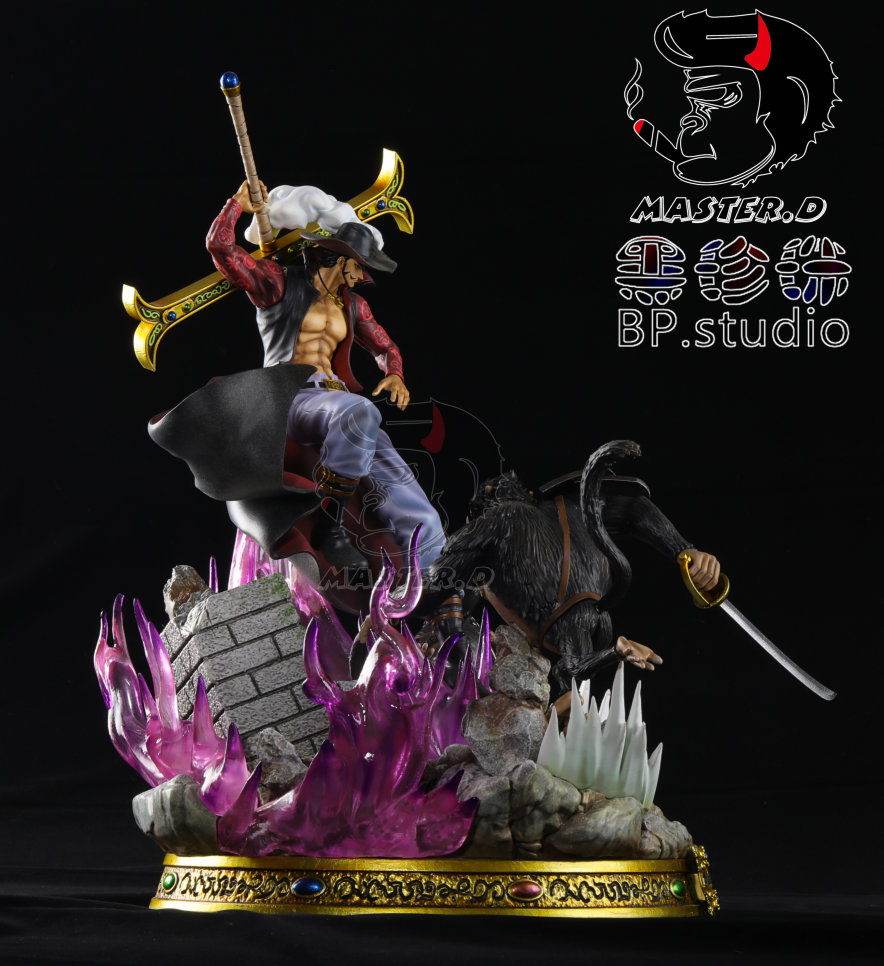 Image of One Piece Black Pearl Studio Dracule Mihawk Resin Statue