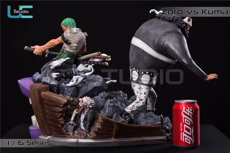 Image of One Piece UCS Studio Thriller Bark Zoro vs Bartholomew Kuma Resin Statue