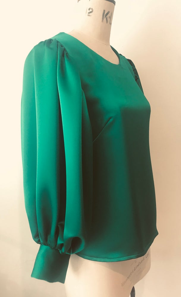 Image of Satin Esmeralda balloon sleeve top