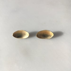 Image of easy earring