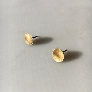 Image of dish earring