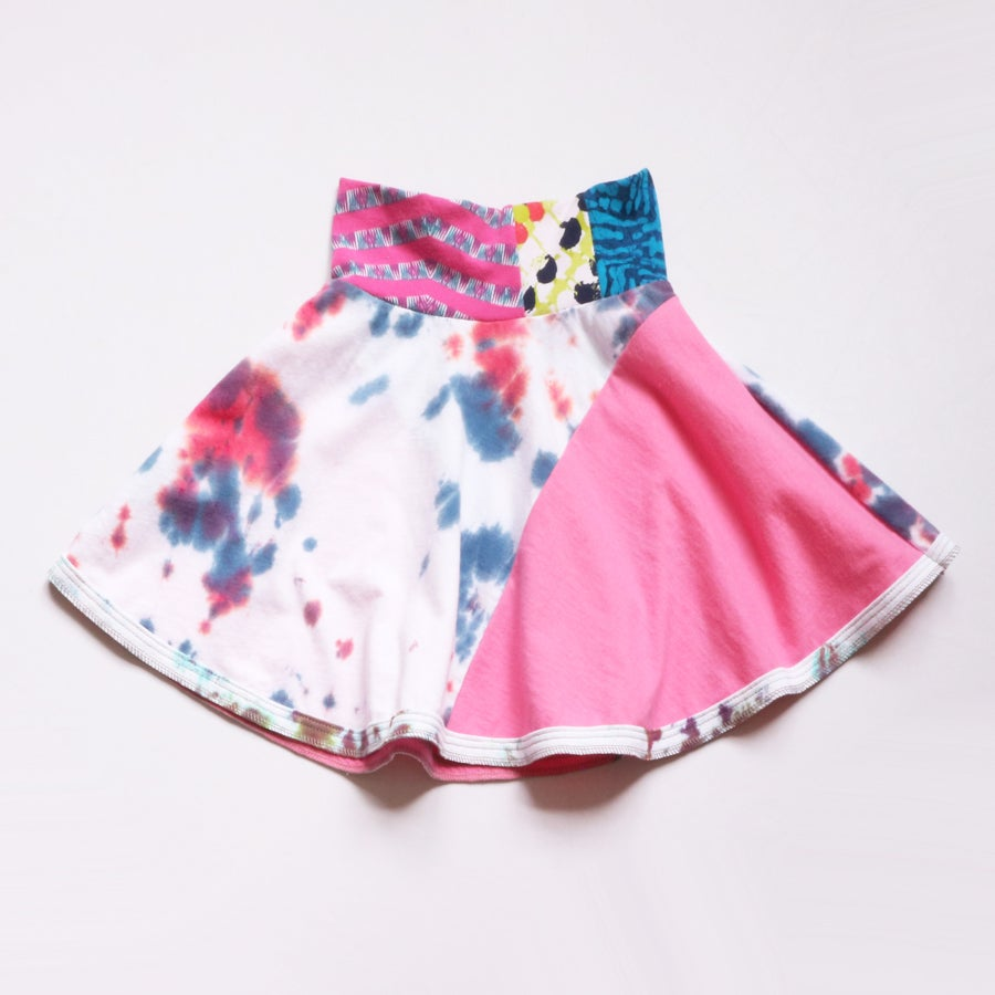 Image of deanna dyed 6 pink tie dye tiedye white blue twirly flared skirt