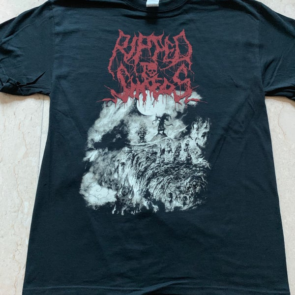 "Image of RIPPED TO SHREDS ""魔經 - Demon Scriptures"" T-Shirt"