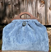 Image of Medium Bag no pocket... such a lovely blue