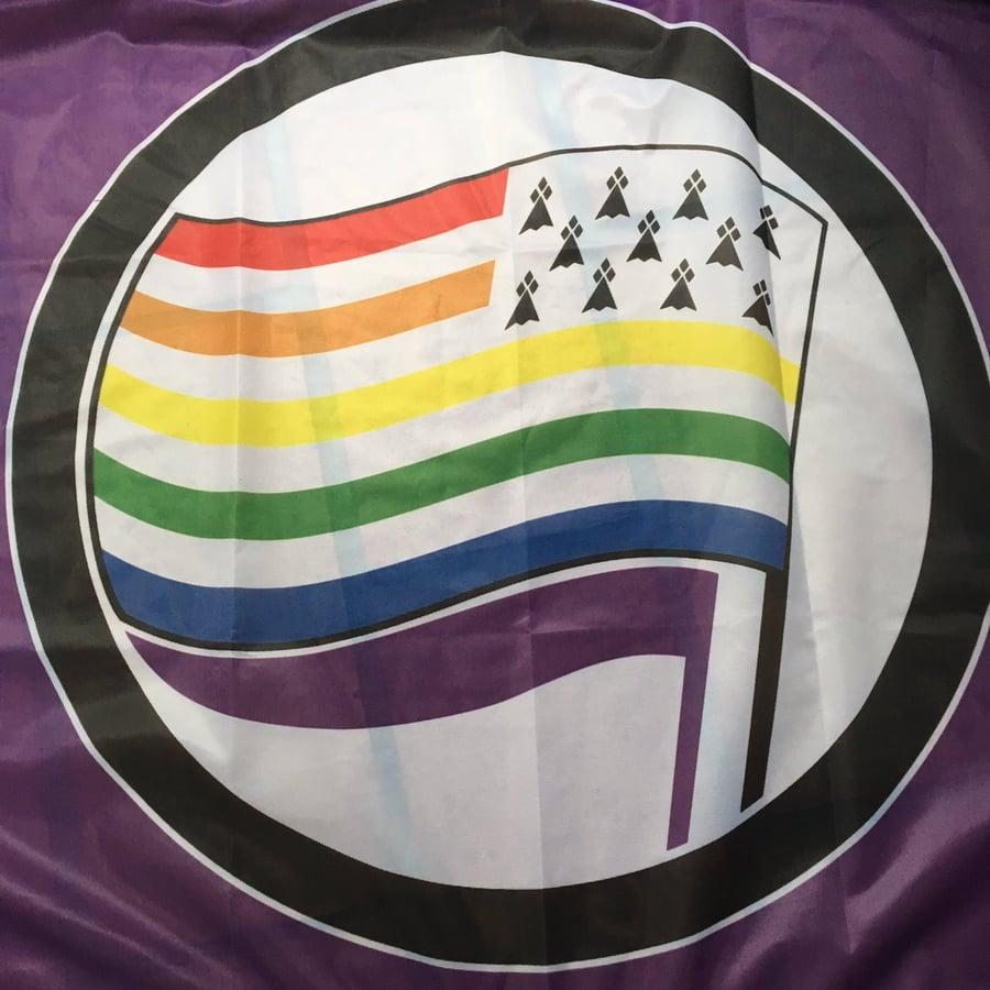 """Image of Nouveaux grands drapeaux """"BREIZH PRIDE"""" ! Bannieloù nevez !"""