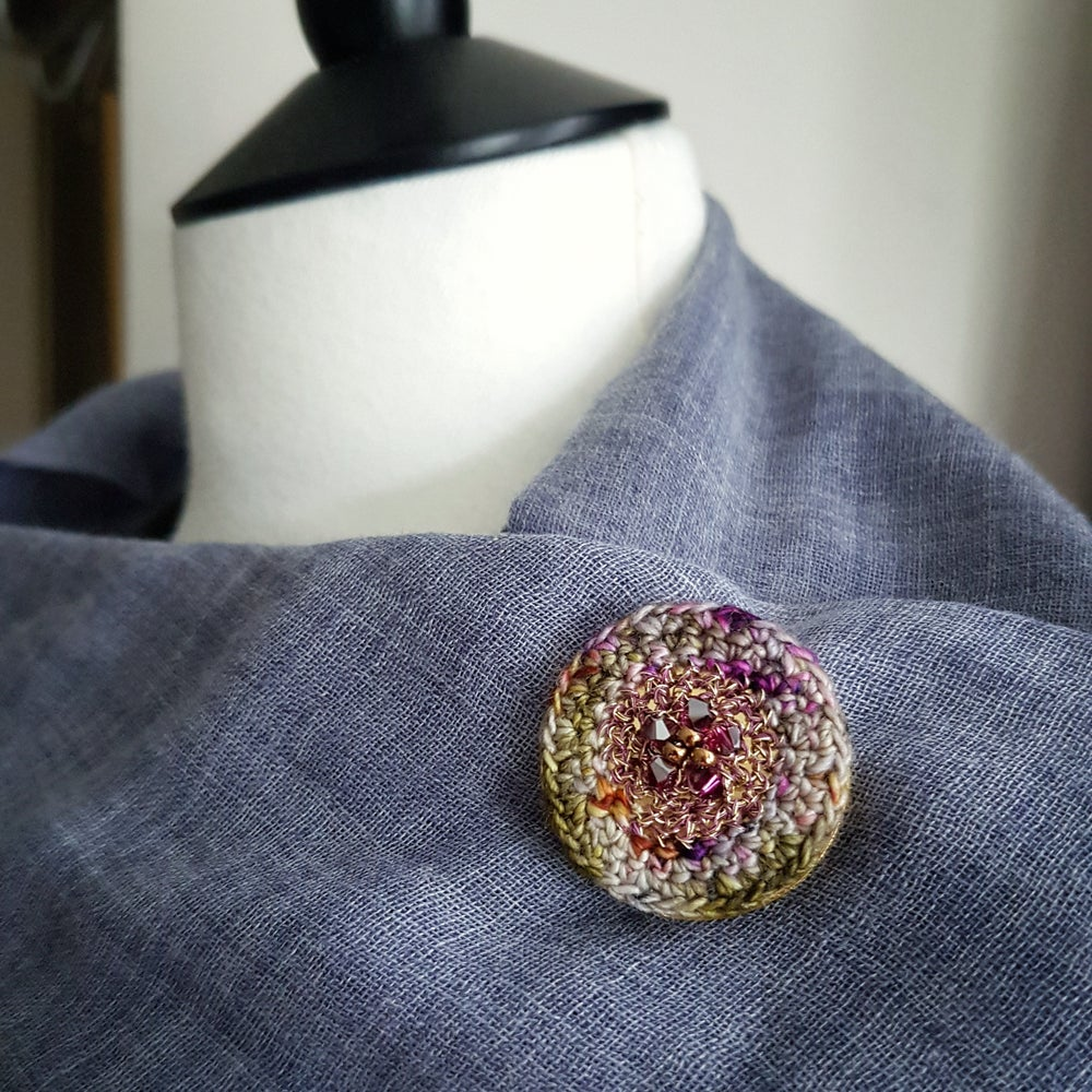 Image of TEXTILE BROOCH - Grapevine