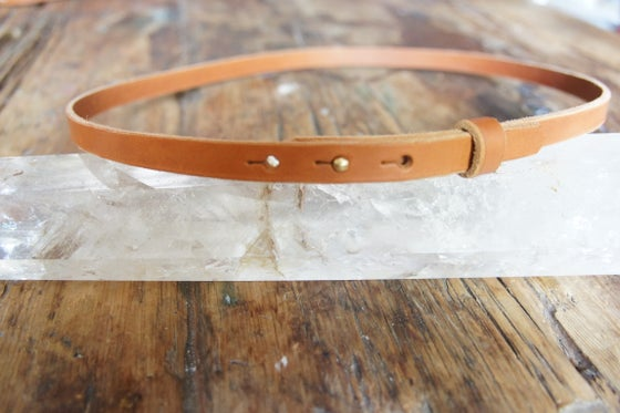 Image of Thin Leather post belt
