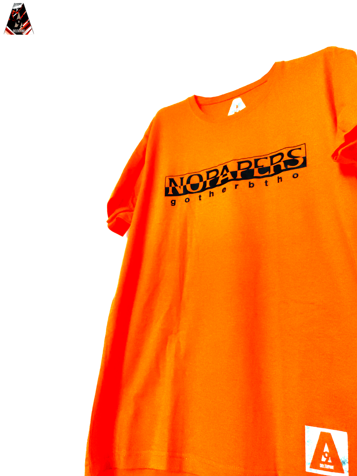 "Image of ΔELTA9INE ""NOPAPERS"" T-SHIRT"
