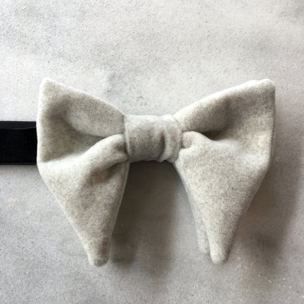 Image of NO. 9 | OVERSIZED EVENT BOW TIE