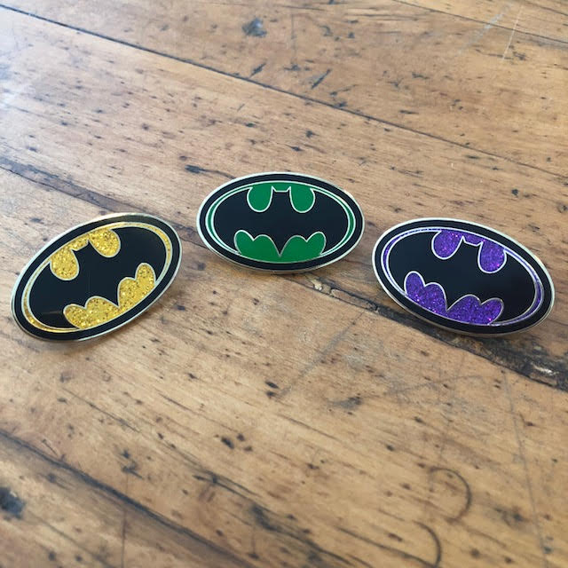 Image of BATMAN EMBLEM (AVAILABLE IN 3 COLORS)