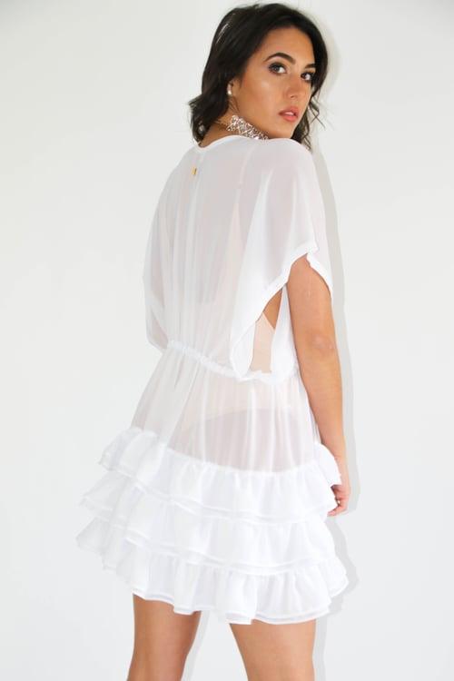 Image of Jacksons Fashion - White Ruffle Kimono