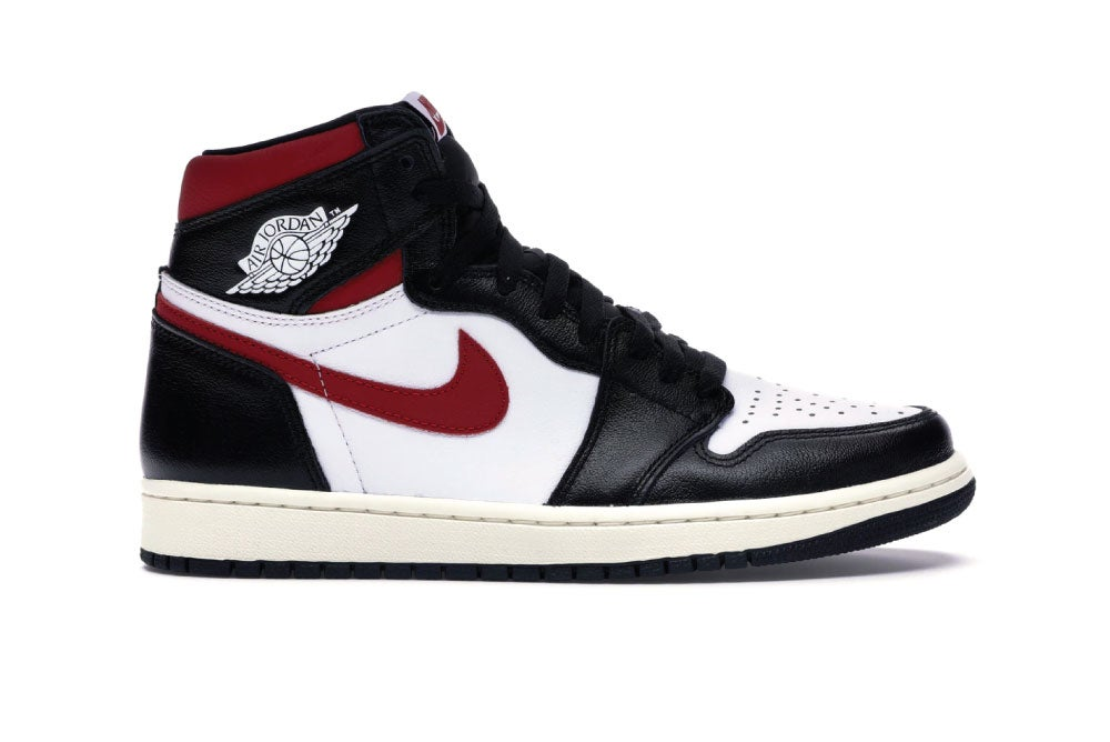 Image of [Pre-Order] Jordan 1 Retro High Black Gym Red 555088-061