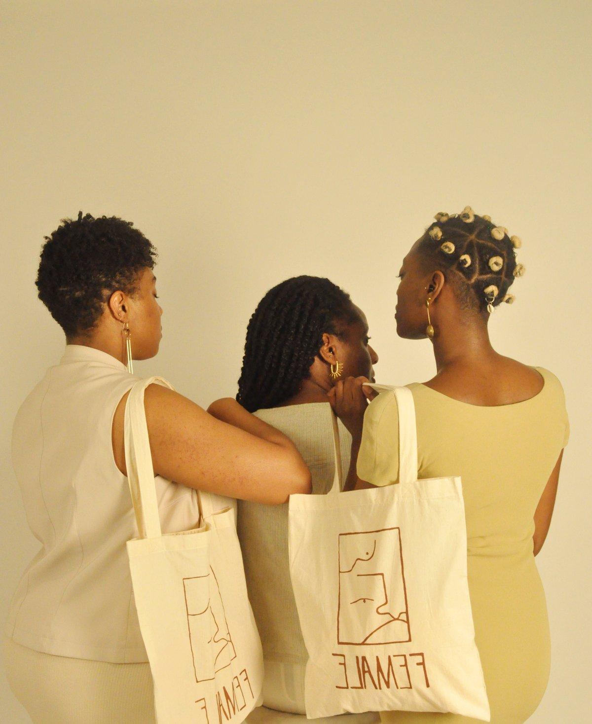 Image of female bag natural