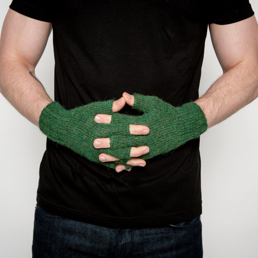 Image of Chancay Fingerless Gloves