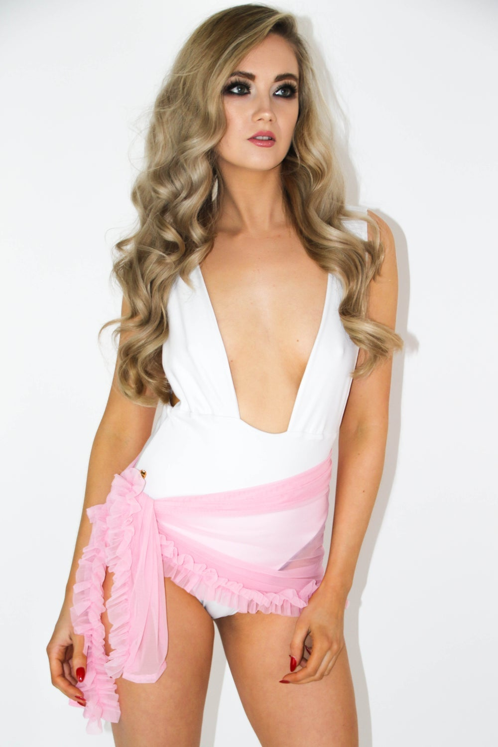 Image of Jacksons Fashion - Baby Pink Ruffle Sarong