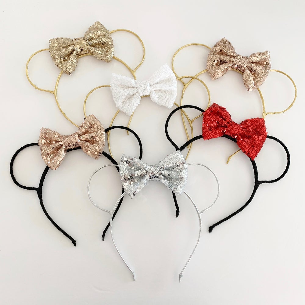 Image of Wire mouse ears with bow