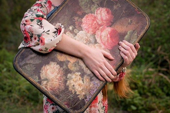 "Image of ""Protecting my bag"""