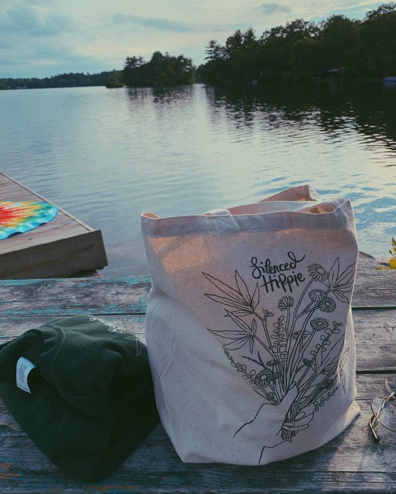 """Image of Weedy Wildflower Tote Bag (17.5"""" x 15"""")"""